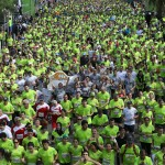 start-crowd-of-runners-tel-aviv-samsung-marathon-israel-2014